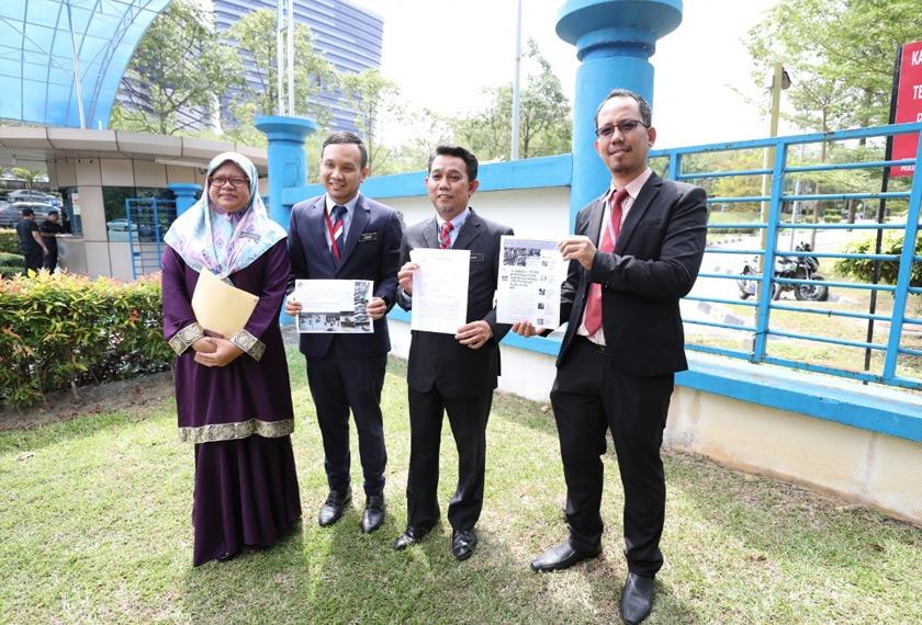 JPN membuat laporan polis berhubung penularan gambar di media sosial yang mendakwa pejabatnya di Putrajaya diserbu pendatang asing untuk mendapatkan status kewarganegaraan.