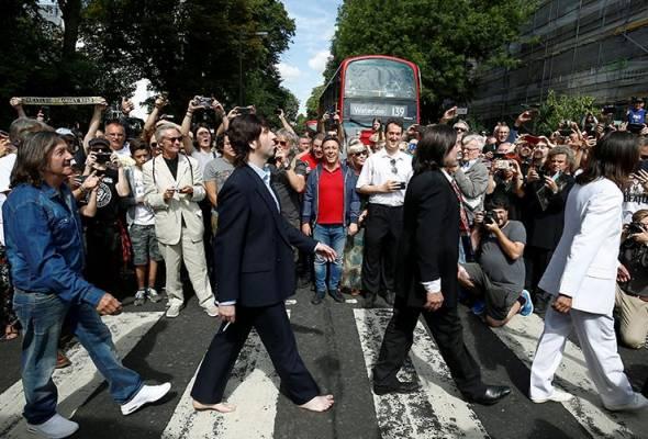 Ulang tahun ke-50 gambar ikonik The Beatles di Abbey Road