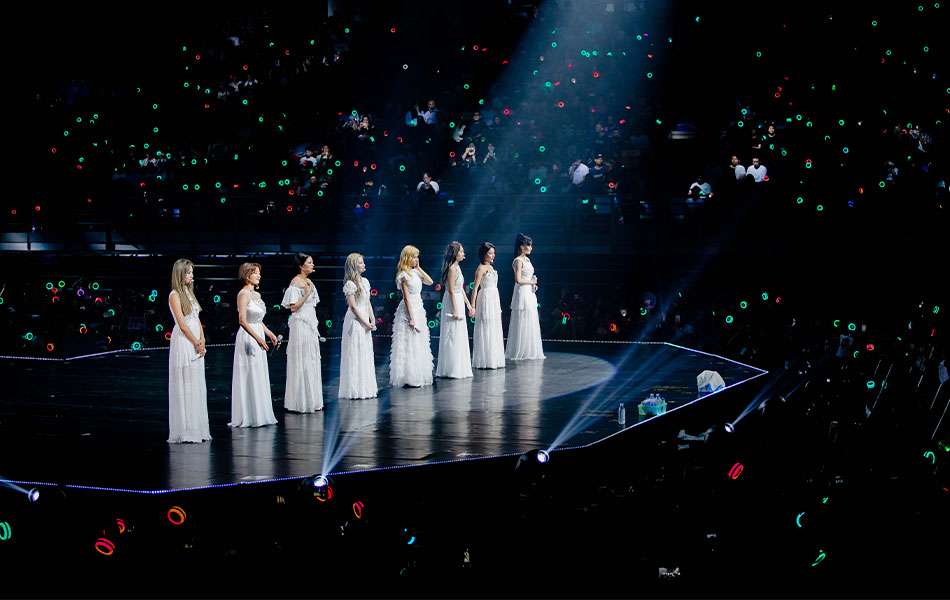 TWICE, K-Pop, Malaysia, TWICELIGHTSinKL, ONCE, Nayeon, Jeongyeon, Momo, Sana, Jihyo, Dahyun, Chaeyoung, Tzuyu, Mina