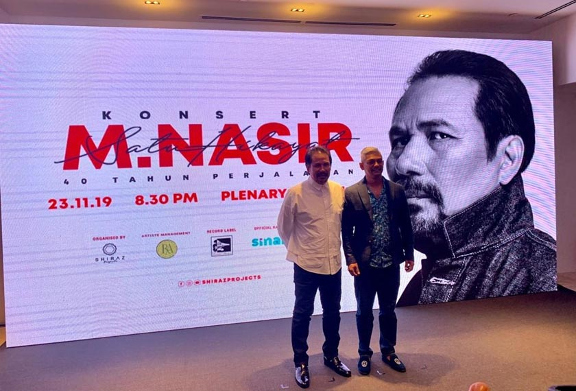 M. Nasir dan Shirazdeen Karim (kiri) pada majlis pengumuman konsert