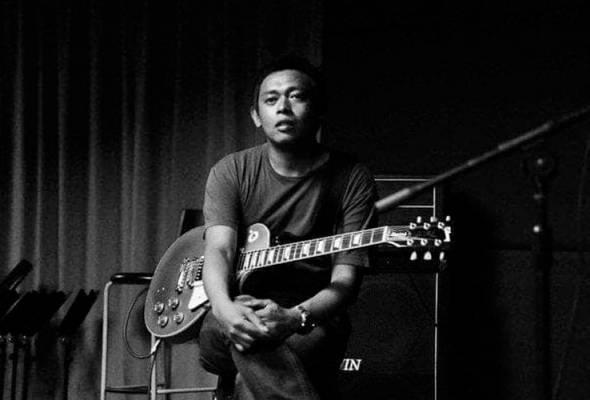 Gitaris terkenal Aji meninggal dunia akibat serangan jantung