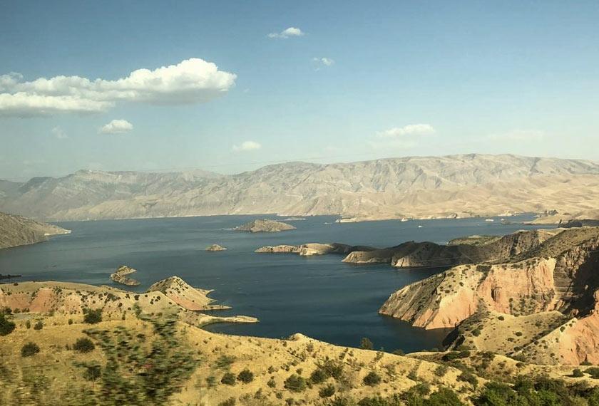 Pemandangan gunung yang boleh dilihat dari setiap sudut negara -  Astro AWANI/Saraya Mia