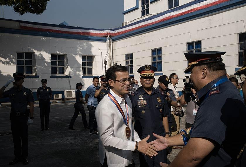 Isko Moreno ketika menghadiri majlis pelantikan Ketua Polis Daerah Manila yang baru. Carlo Gabuco / Pasukan Ceritalah