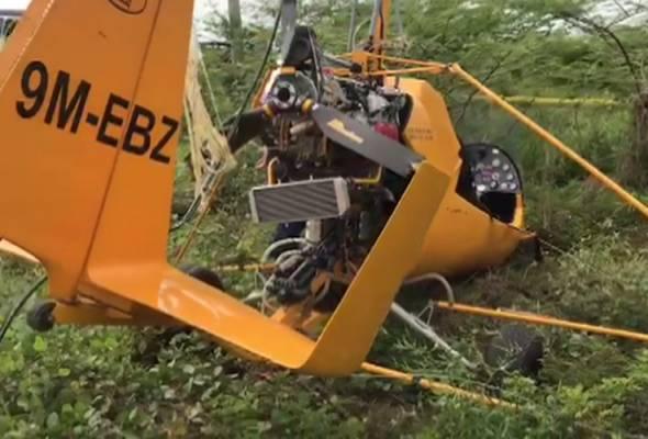 Pesawat penyembur racun terhempas di Felcra Jejawi