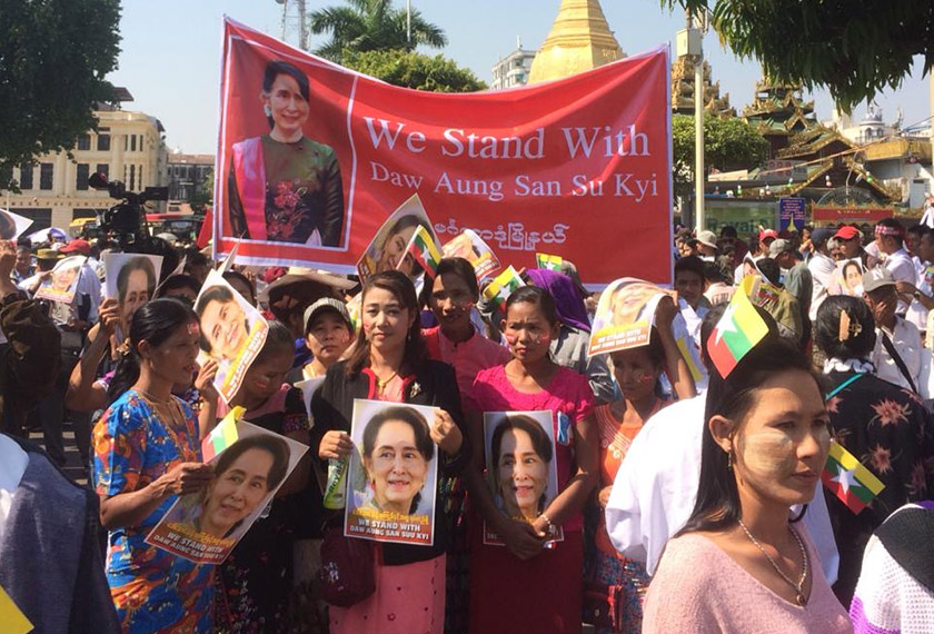 Suu Kyii masih popular dalam kalangan masyarakat Burma. Foto Ceritalah