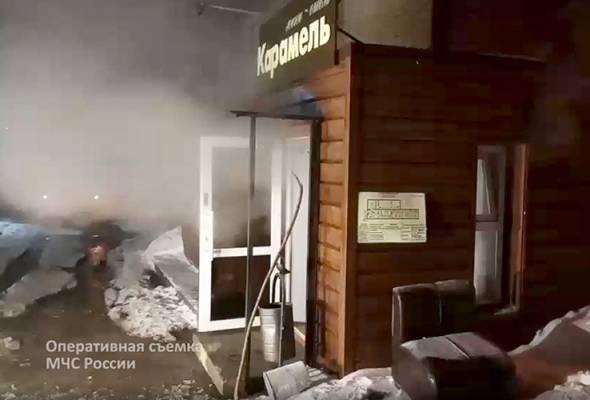 Paip air panas hotel pecah, 5 maut