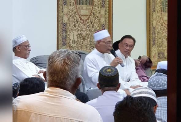 Anwar Ibrahim mengadap Agong esok