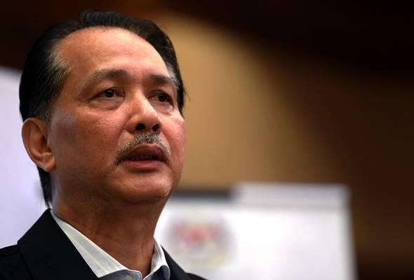 Rakyat Malaysia kekal duduk di rumah, hadiah hari lahir paling istimewa  buat Dr Noor Hisham | Astro Awani