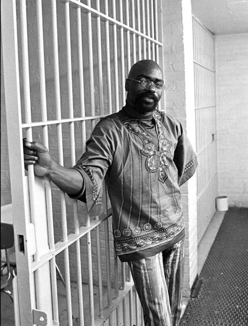 Rubin 'Hurricane' Carter sebenarnya disumbat di penjara kerana isu politik.