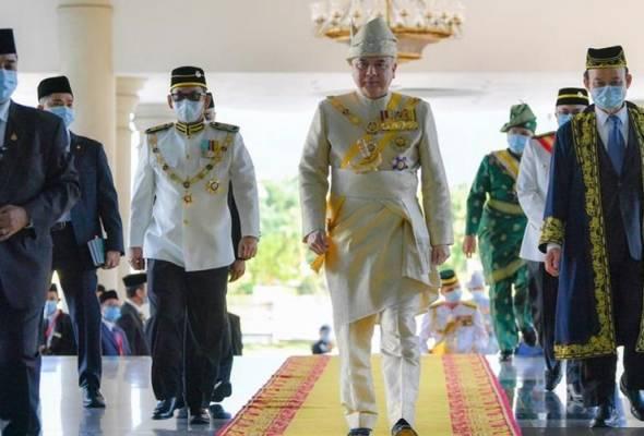 Rakyat perlu sedia terima kebiasaan baharu dalam kehidupan - Sultan Nazrin