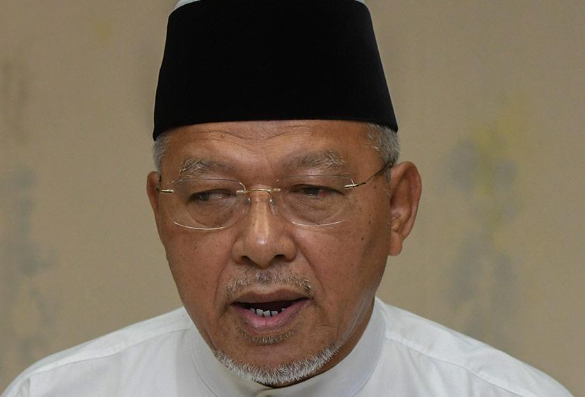 Menteri Besar Kelantan, Datuk Ahmad Yakob