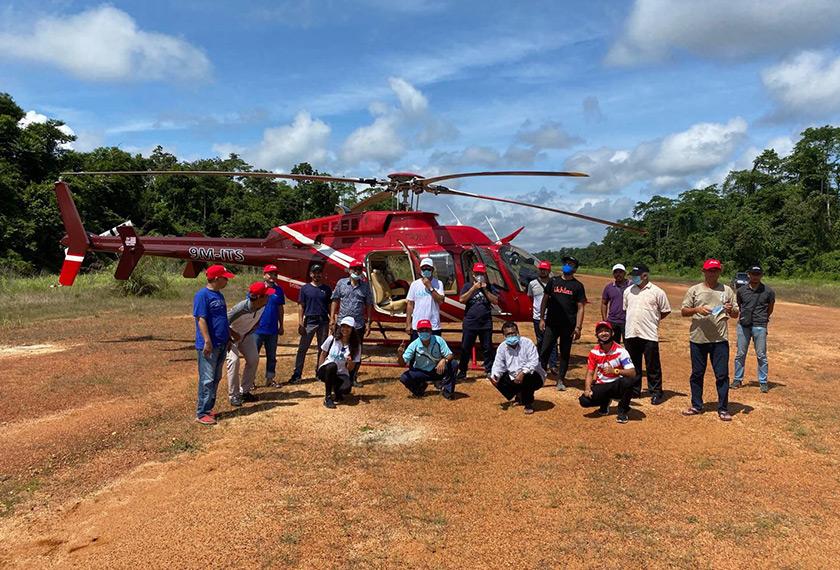 IKHLAS terpaksa menggunakan pengangkutan udara untuk menghantar barangan keperluan asas.