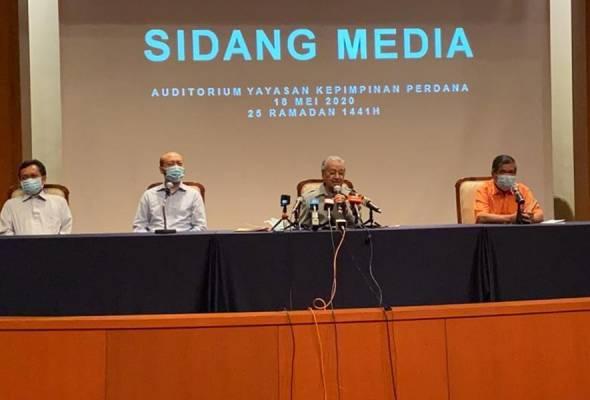 Tun Mahathir tetap teruskan usul undi tidak percaya terhadap Muhyiddin