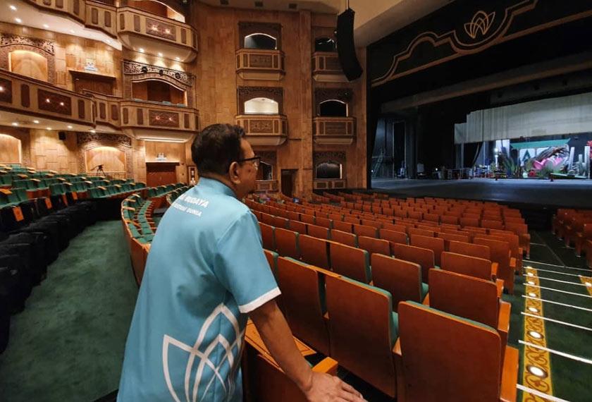 Panggung Sari, Istana Budaya bakal dirindui oleh Abang Joe kerana pentas itu ibarat 'rumahnya' sendiri. - Gambar Astro AWANI