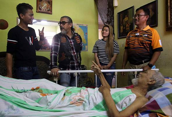 Anak Amran Tompel terharu ramai prihatin keadaan bapa