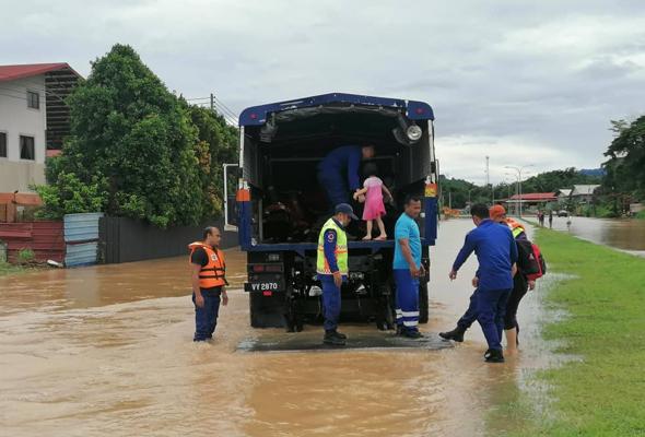 1,007 mangsa banjir Sabah dipindahkan ke pusat pemindahan
