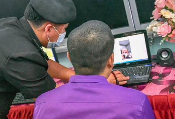 Skype jadi penghubung banduan penjara Kelantan dengan insan tersayang
