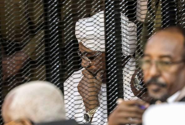 Bekas pemimpin Sudan, Omar Bashir didakwa lagi