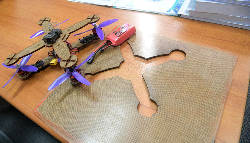 Dron Putra UAV yang diperbut daripada gentian bahan semulajadi daun nanas.