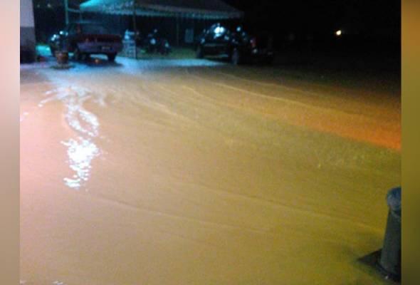 10 kawasan di Gua Musang dilanda banjir kilat