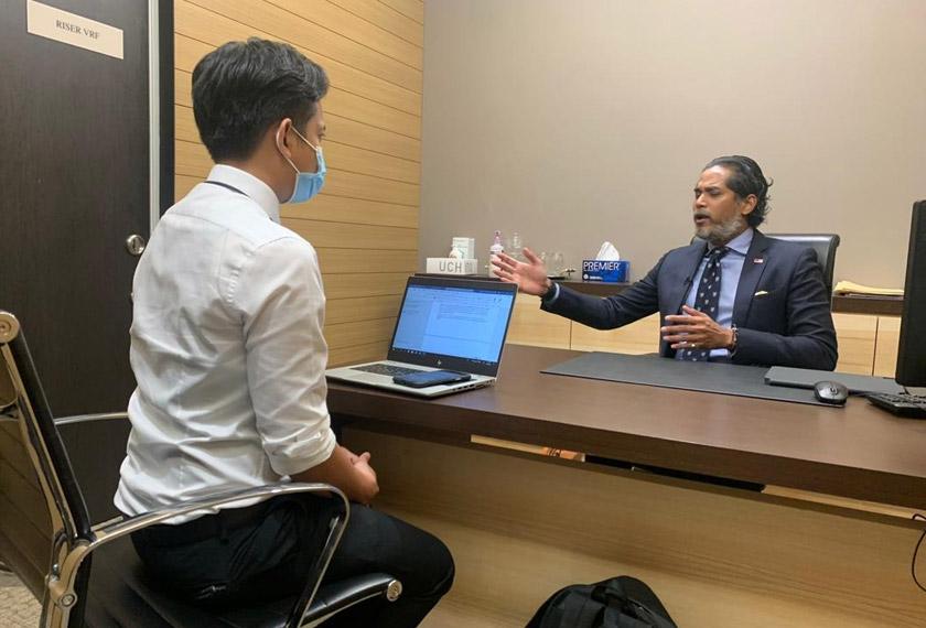 Astro AWANI bertemu dengan Ahli Parlimen Rembau Khairy Jamaluddin bagi mendapatkan pandangan beliau mengenai dinamika politik negara masa kini.
