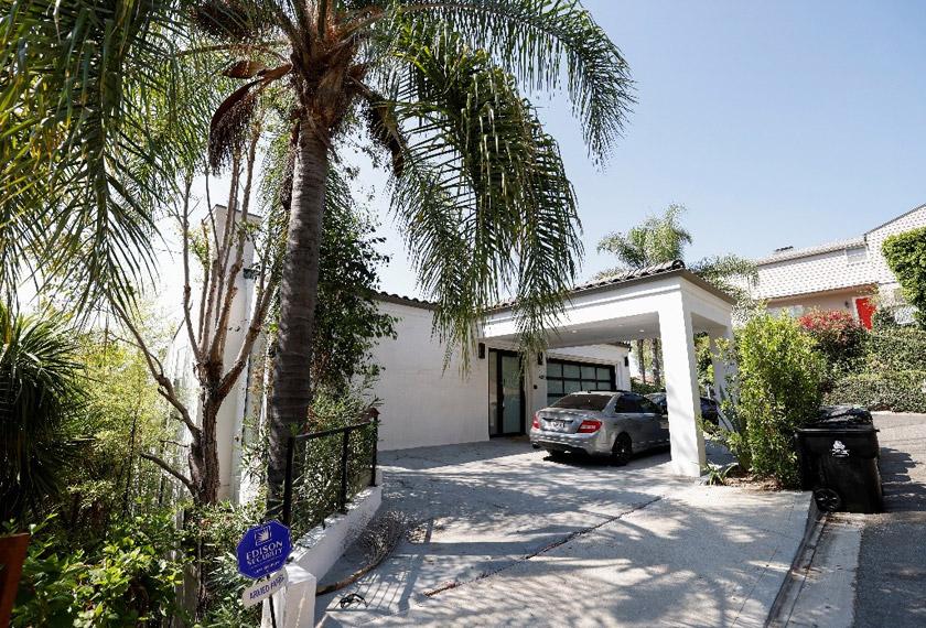 Kids Next Door LA adalah salah satu rumah TikTok di seluruh AS, yang menjadi tempat para remaja influencer menjana idea kreatif. - Reuters