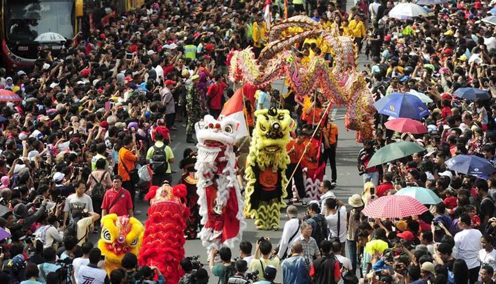 Masyarakat Cina amat dikenali dengan kaum yang meminati angka lapan. - Gambar hiasan