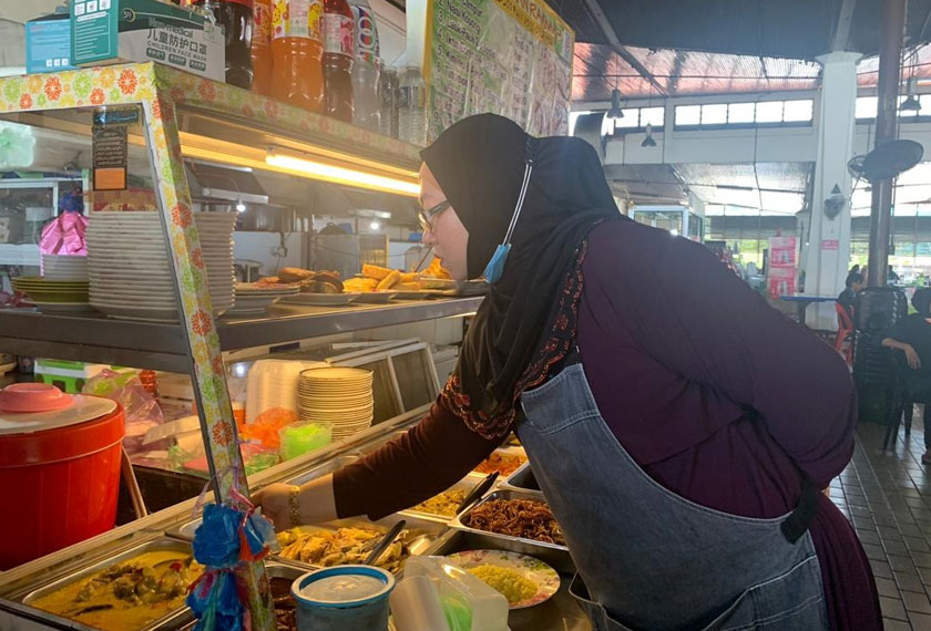Siti Rakmah mengakui moratorium sedikit sebanyak mampu meringankan beban rakyat