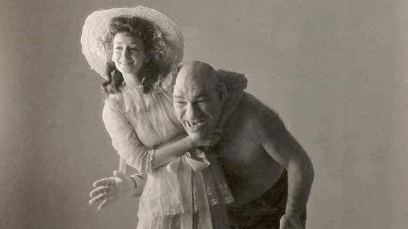 Gambar inilah yang kerap kali dikongksikan, khabarnya wanita jelita itu adalah isteri kepada Maurice.