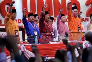 Transformasi, peremajaan UMNO berjalan lancar - Najib