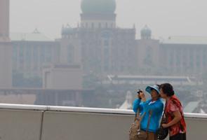 Haze update: Unhealthy air readings detected in Kuala Lumpur