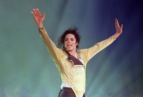 'Thriller Live' in memory of Michael Jackson's shining legacy