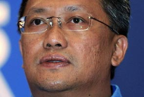 "Dr M and Najib not at ""war"", just having differing views - Rahman Dahlan"