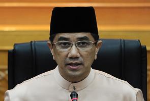 Saya tidak akan batalkan perjanjian air Selangor - Azmin