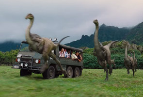 Eight scenes from Jurassic World that are totally unrealistic