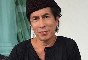 Nik Aziz pernah menangis dengar lagu 'Mentari Merah Di Ufuk Timur' - Amy Search