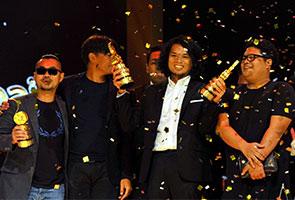 'Menunggu Hujan Teduh' karya terbaik Anugerah Tribute P. Ramlee 2014