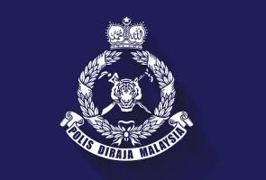 Tangkapan tersebut dibuat kira-kira 4 petang oleh sekumpulan anggota polis di sebuah rumah di Jalan Lahar Yooi, Kampung Seberang Tok Dooi.
