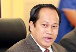 Dakwaan Muhyiddin wang 1MDB masuk ke akaun Najib tidak betul - Ahmad Maslan