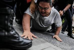 Demonstrasi di KL Sogo berakhir dengan penahanan