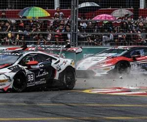 Perlumbaan KL City Grand Prix pertama di Kuala Lumpur