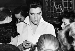 NBC raikan ulang tahun 'kemunculan semula' Elvis Presley di televisyen
