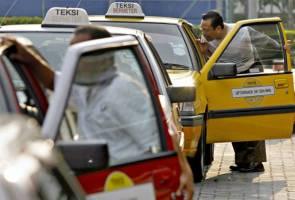 Pemandu Uber dan teksi berdepan isu yang sama, kata netizen