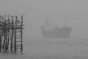 Low visibility over Malaysian waters until Sunday