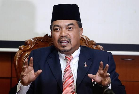 Datuk Seri Jamil Khir Baharom menegaskan sehingga kini tiada sijil halal dikeluarkan oleh Jabatan Kemajuan Islam Malaysia (Jakim) untuk minuman ''bir halal''. | Astro Awani