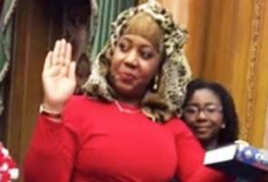 Hakim New York angkat sumpah pelantikan guna Al-Quran