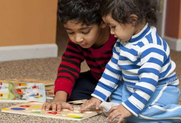 Published in the Journal of Experimental Child Psychology, the research looked at vocabularies of 39 bilingual children and 43 monolingual children at the age of 24 months and then again at 31 months. - Filepic | Astro Awani