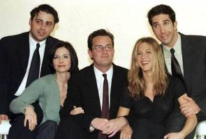 'Friends' cast scheduled to appear in NBC tribute to comedy director