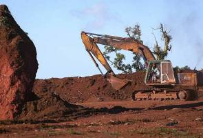 Bauxite: Malaysia's sudden mining boom turns into a headache