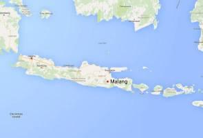Pesawat pelatih TNI terhempas atas rumah penduduk, tiga terkorban